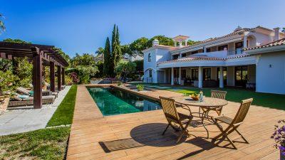 Enchanting Villa in Pinheiros Altos