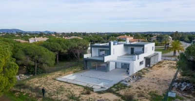Newly built villa at Vila Sol