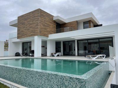 Modern luxury villa close to the becah